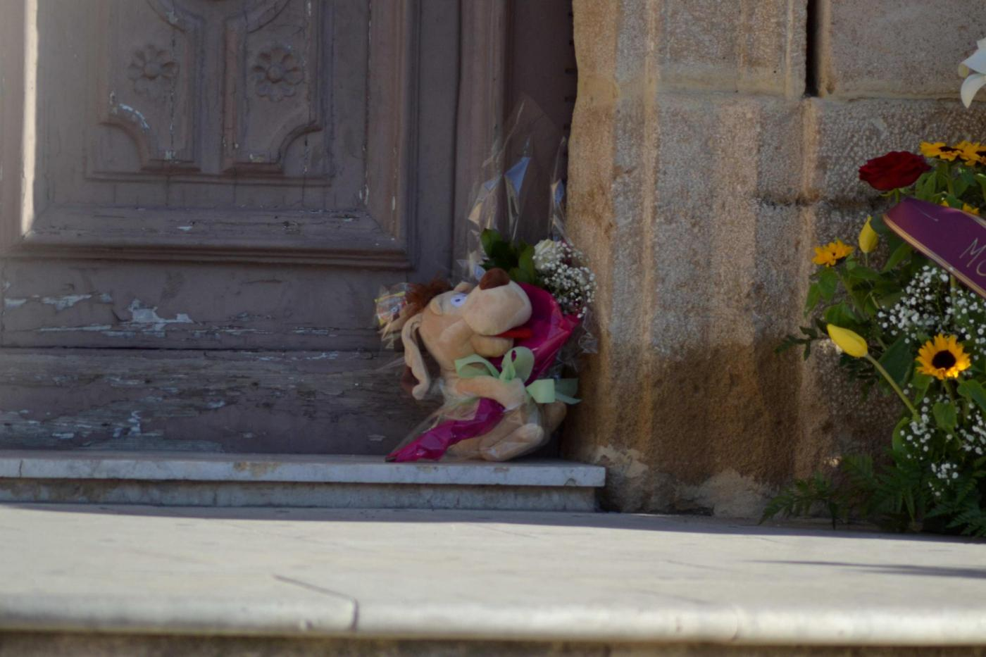 Funerali di Andrea Loris Stival, il paese saluta il piccolo