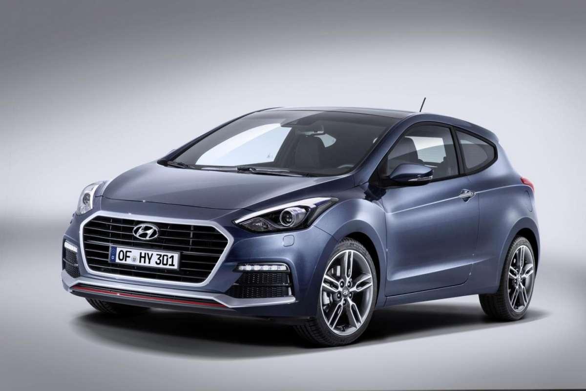 Hyundai i30 e i30 Turbo 2015: motori e scheda tecnica