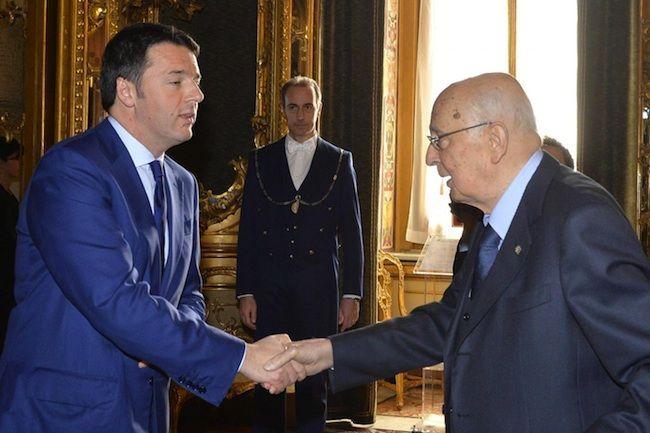 Napolitano rilancia il governo Renzi e avvisa: 'Fine del mio mandato è imminente'