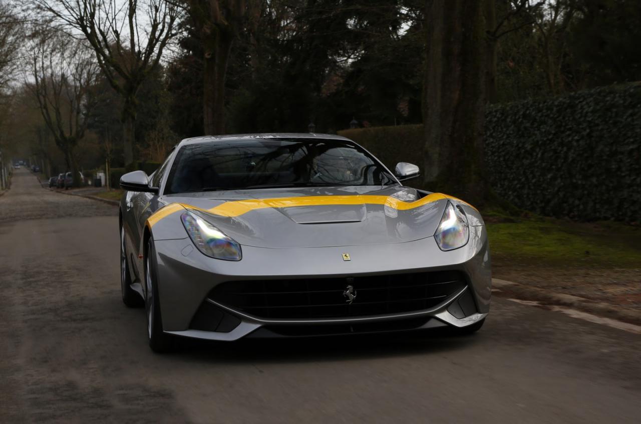 Ferrari F12berlinetta: edizione speciale Tour de France 64