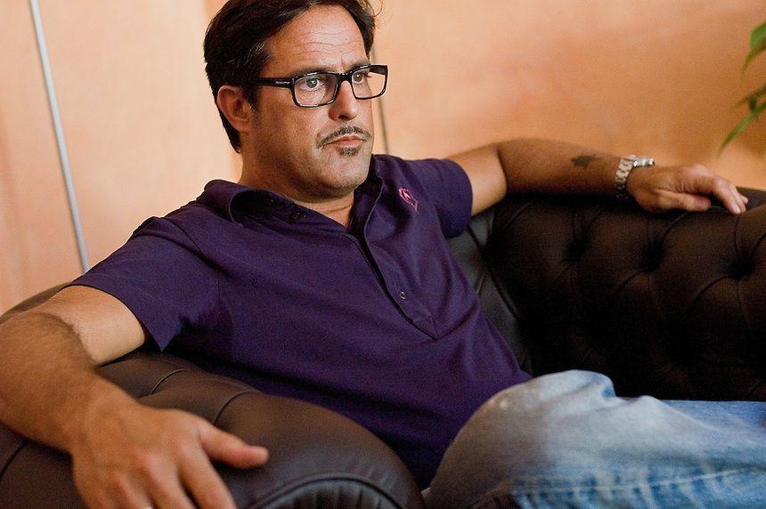 Marco Baldini, addio a Facebook: 'Venduto il cellulare, un lusso che non mi potevo piu permettere'