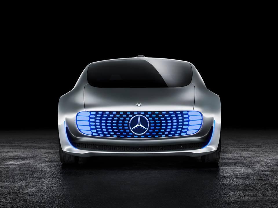 Mercedes F 015 Luxury in Motion concept: debutto al CES 2015