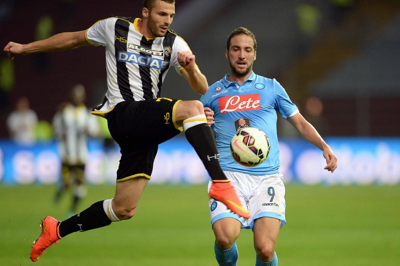 Coppa Italia, Napoli vs Udinese 7-6 ai rigori: polemiche e emozioni