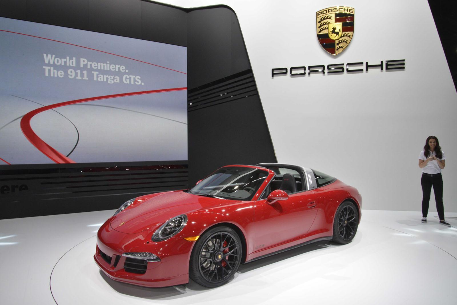 Porsche 911 Targa 4 GTS: prezzo, motore e caratteristiche