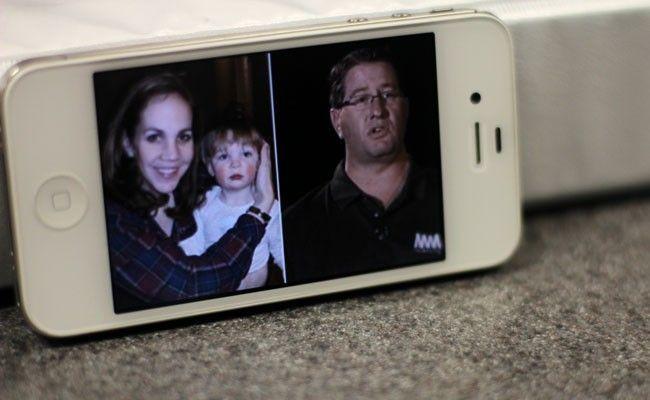 La mamma di una bimba autistica scrive allo sconosciuto vicino in aereo: 'Grazie per aver giocato con lei'