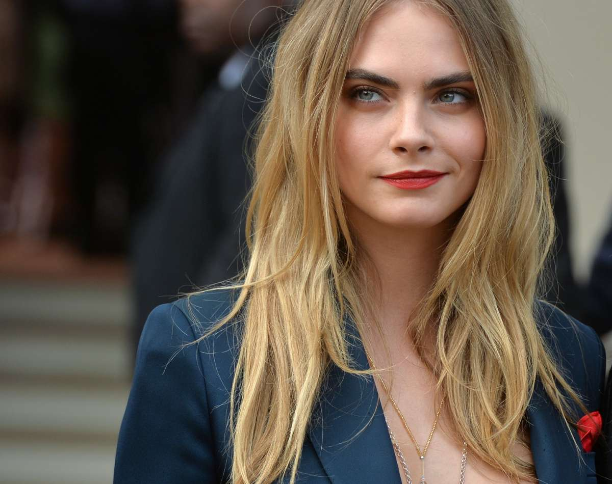 Cara Delevingne nel video Nothing Came to Me di Chance The Rapper