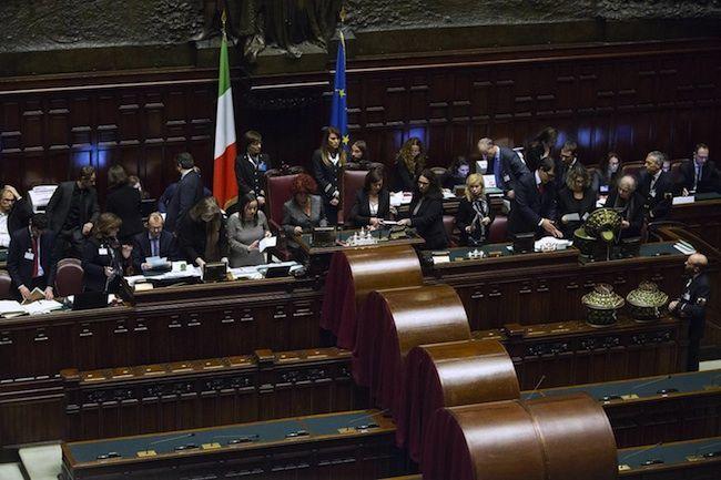 Sergio Mattarella Presidente della Repubblica? È scontro fra Renzi e Berlusconi