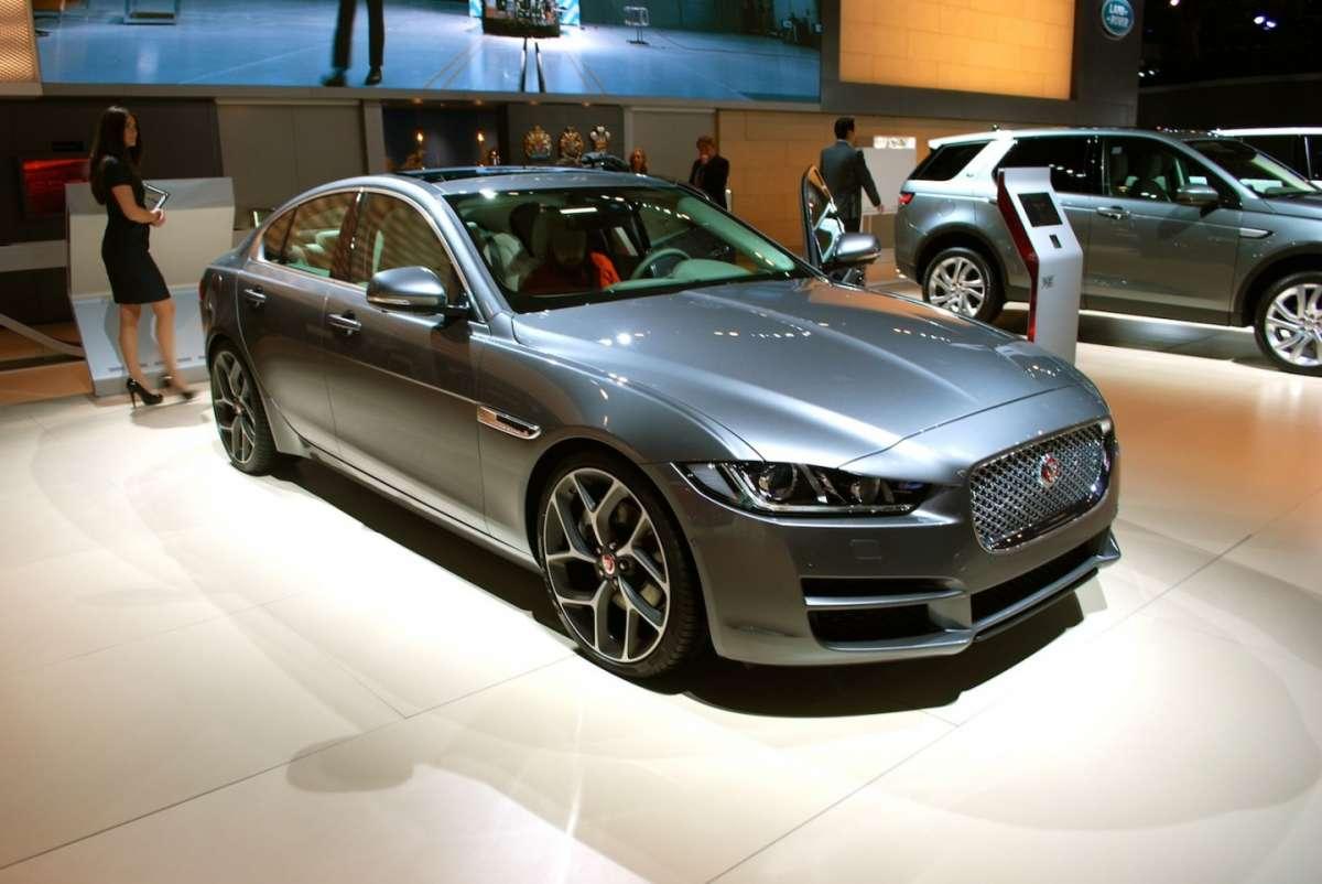 Jaguar XE: anteprima mondiale al Salone di Detroit 2015
