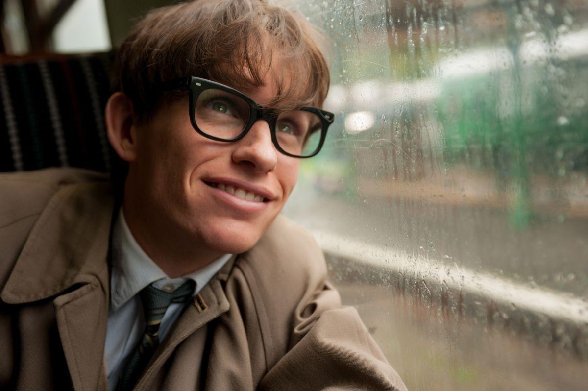 La Teoria del Tutto: trailer italiano e trama del biopic sul fisico Stephen Hawking