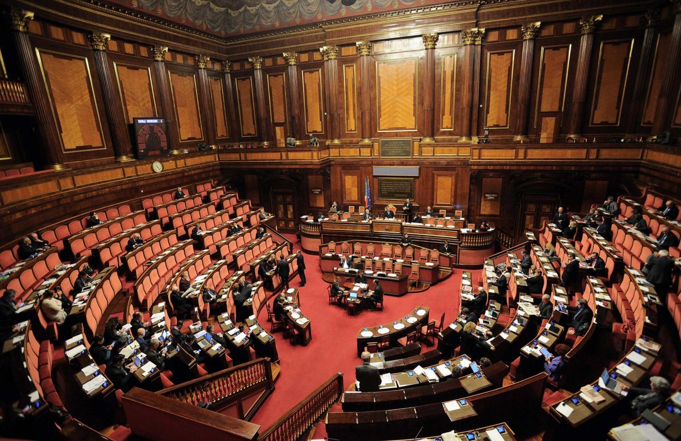Parentopoli Parlamento italiano: consiglieri, commessi e segretari sono tutti imparentati