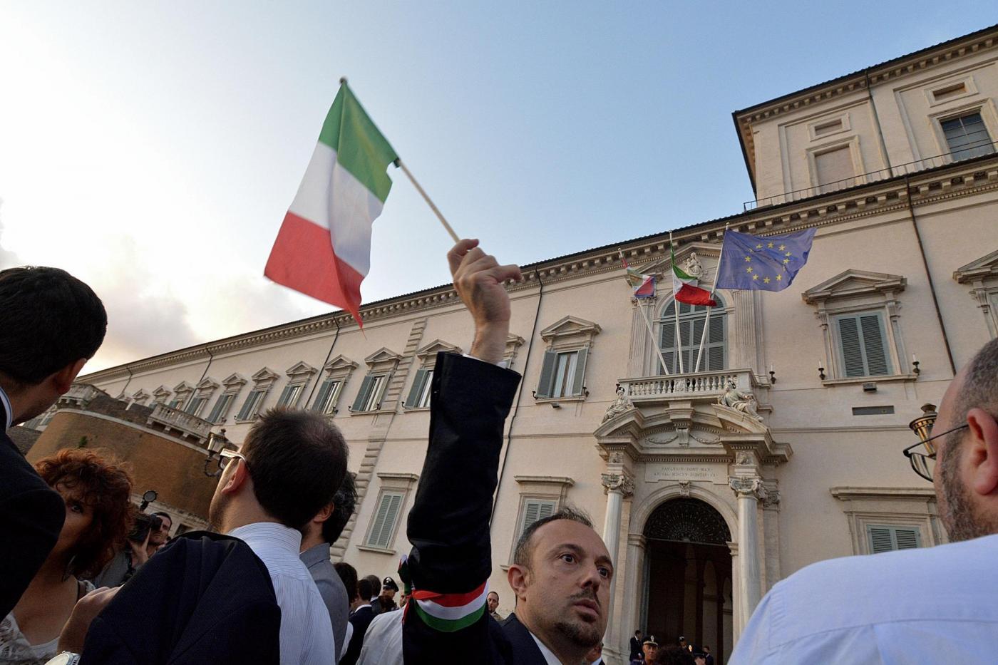 Consultazioni Quirinale, Renzi candida Mattarella