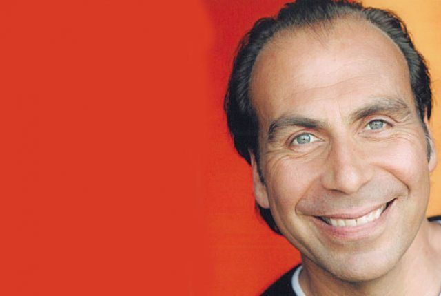 Morto Taylor Negron: l'attore e comico malato di cancro scomparso a 57 anni