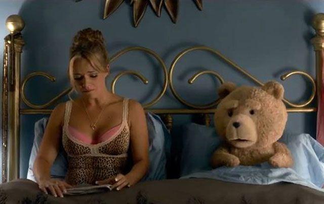 Ted 2: trailer italiano del film di Seth MacFarlane con l'orsacchiotto più irriverente del cinema
