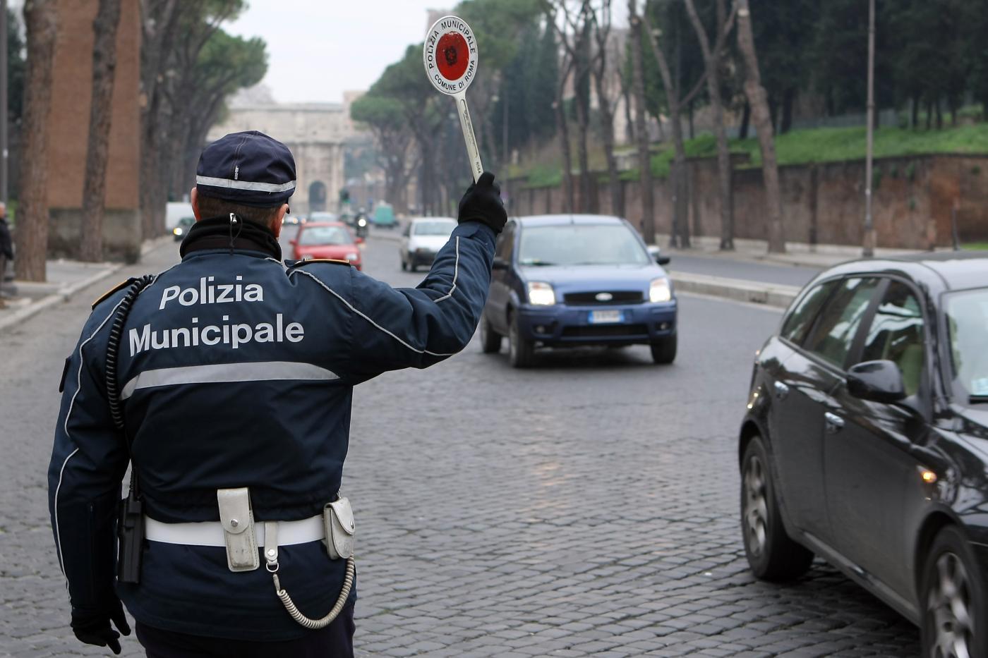 Lotta all'assenteismo: la linea del Governo dopo il caso dei vigili di Roma