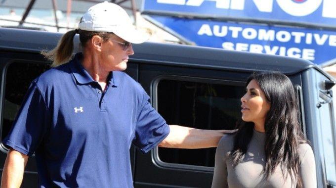 Kim Kardashian: il patrigno Bruce Jenner diventa donna