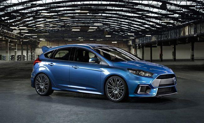 Ford Focus RS fiancata
