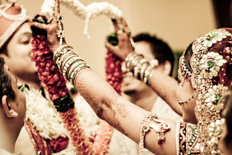 India: sposa cambia marito durante le nozze e sceglie uno degli invitati