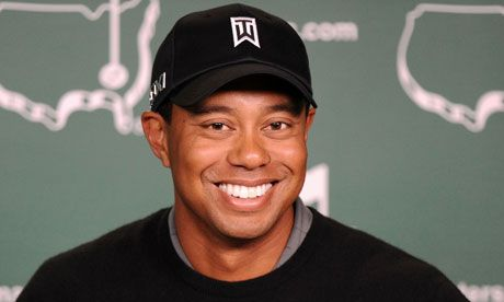 Tiger Woods sorridente