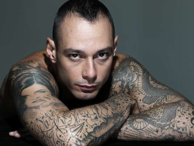 Fabri Fibra tatuaggi