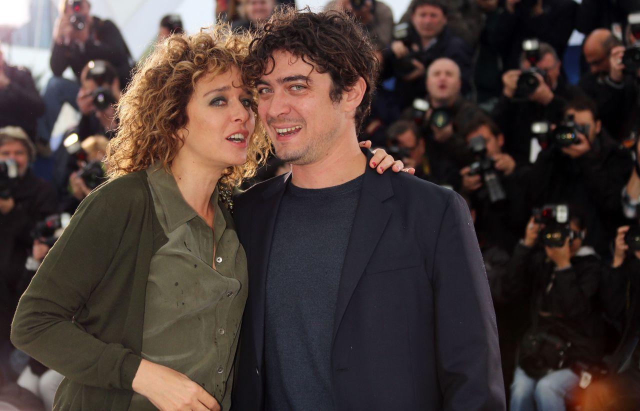 Riccardo Scamarcio e Valeria Golino presto sposi: il matrimonio dopo 9 anni di fidanzamento