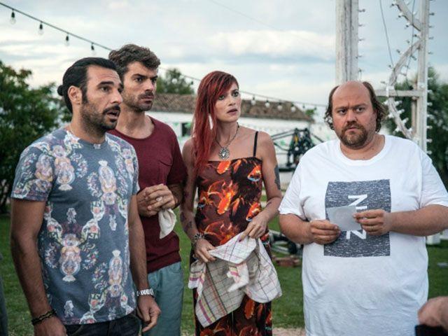 Noi e la Giulia: trailer e trama del film con Luca Argentero, Edoardo Leo e Claudio Amendola