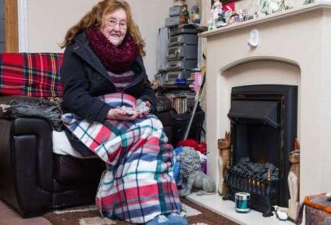 La donna allergica che rischia di morire di freddo