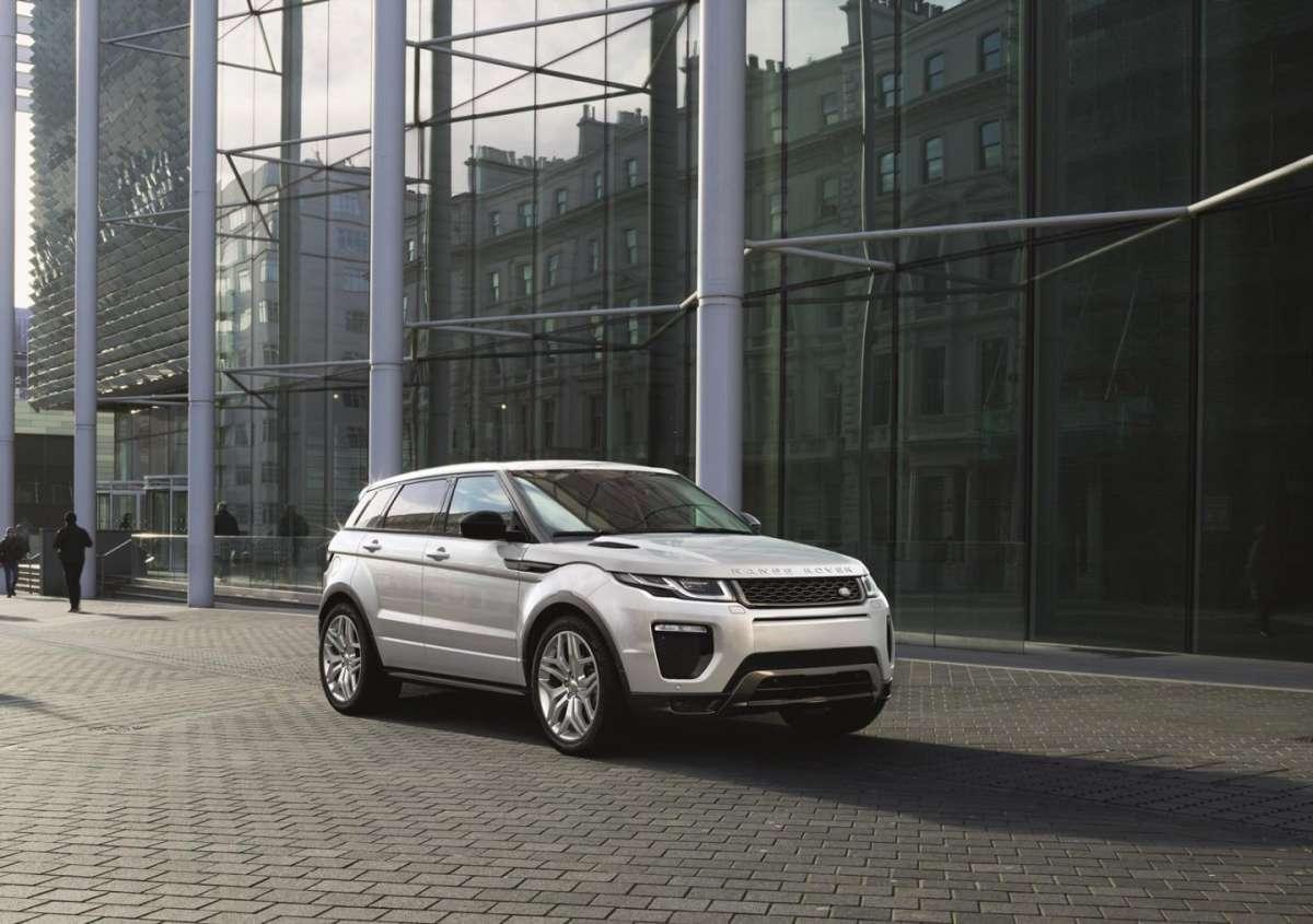 Range Rover Evoque 2015: motori e scheda tecnica