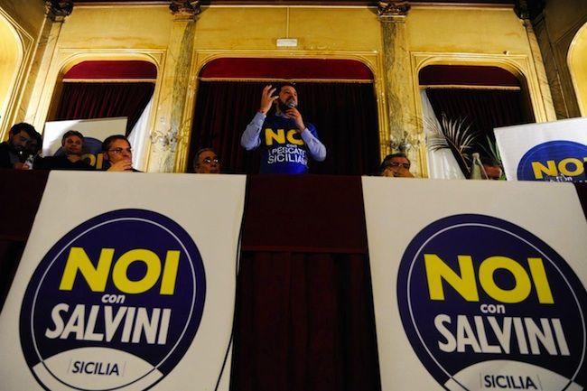 Matteo Salvini al Sud, pronte le querele del segretario del Carroccio