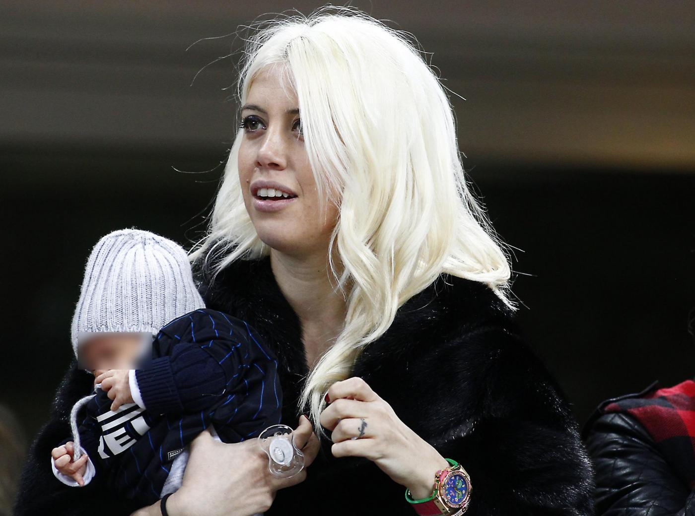 Wanda Nara e Mauro Icardi: la figlia Francesca allo stadio a tifare per il papà