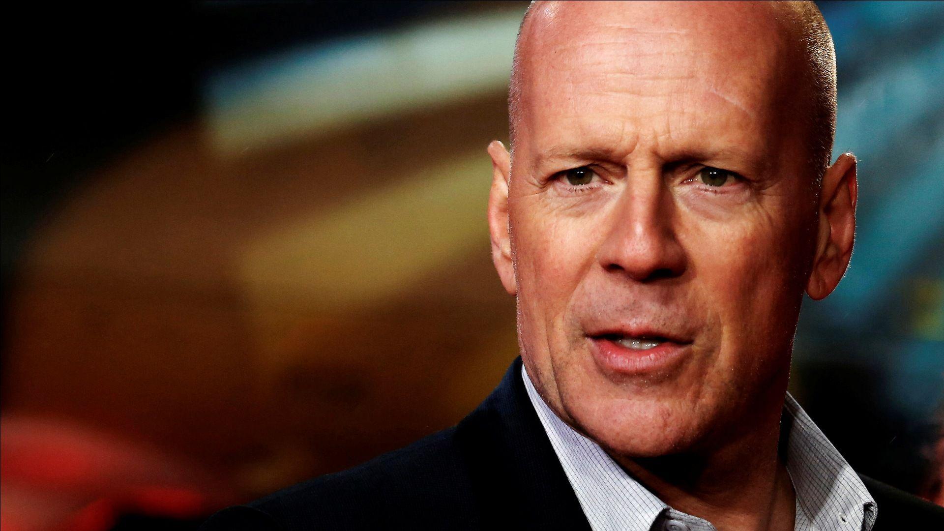 Bruce Willis fa 60 anni: l'attore di Die Hard papà per la quinta volta