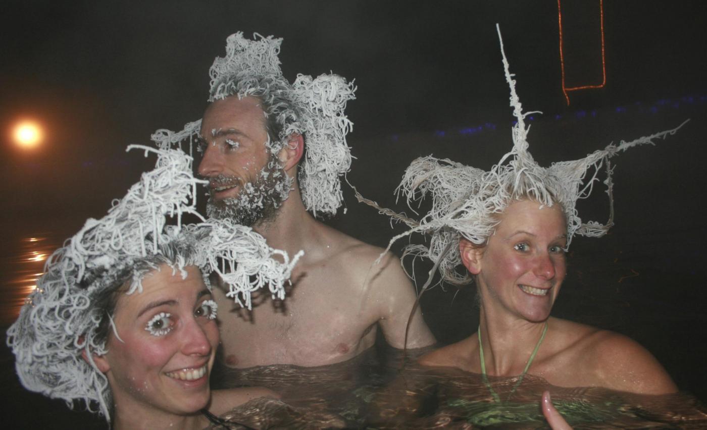 Hair Freezing contest: capelli congelati in gara in Canada