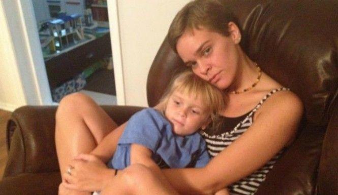 Uccise il figlio con iniezioni di sale: condannata a 25 anni la mamma blogger dipendente da Twitter