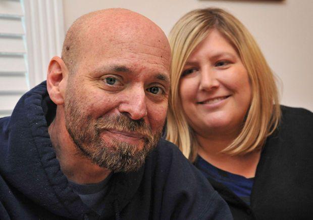 Morto il papà blogger malato di cancro che ha commosso il web: 'Fate felici i miei figli'