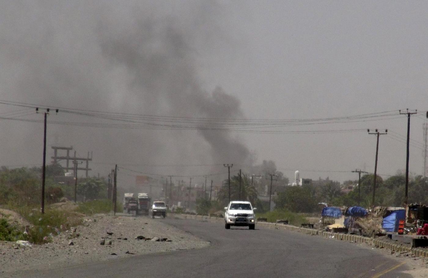 Yemen: dopo gli attacchi alle moschee gli Usa ritirano truppe e staff diplomatico