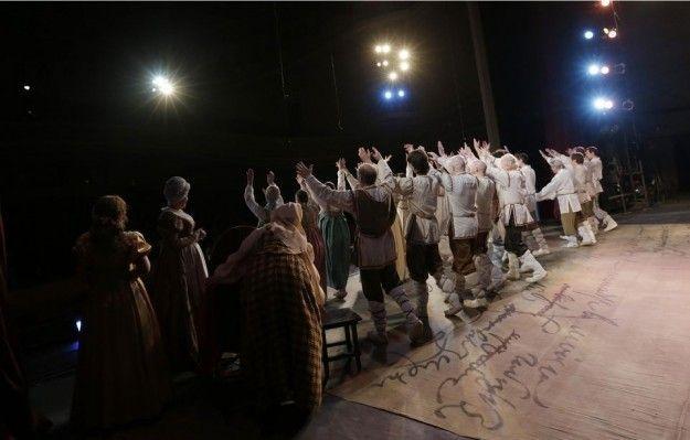 Guerra in Ucraina, il Teatro dell'Opera resta aperto: attori e musicisti lavorano gratis