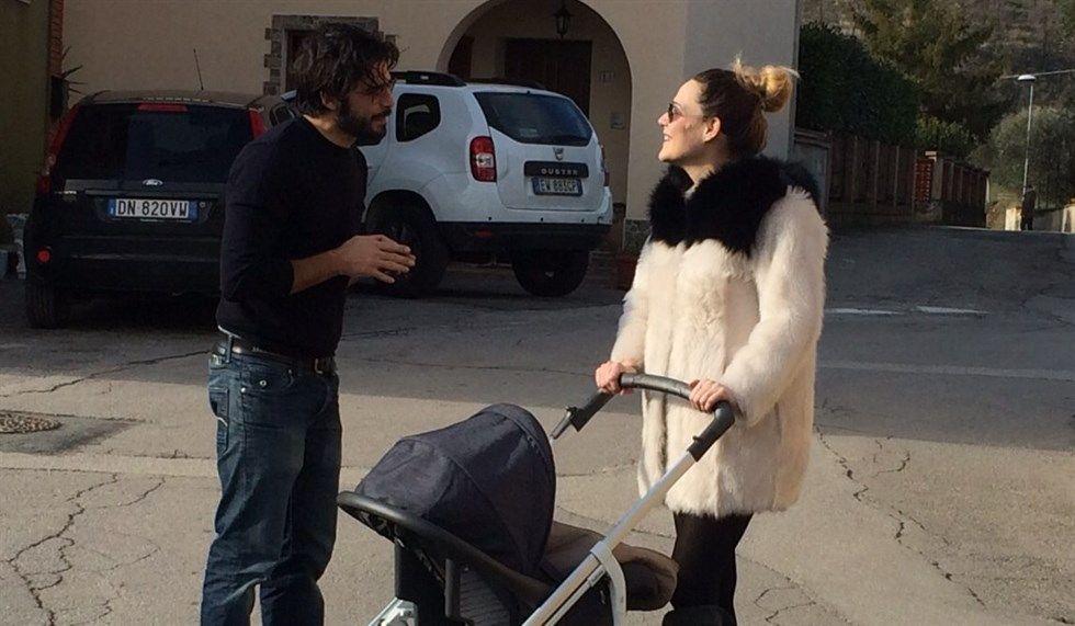 Laura Chiatti su Instagram: 'Non sono una mamma impacciata'