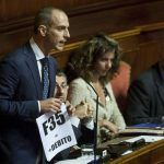 Lorenzo Battista: il senatore propone un nuovo gruppo con gli ex grillini