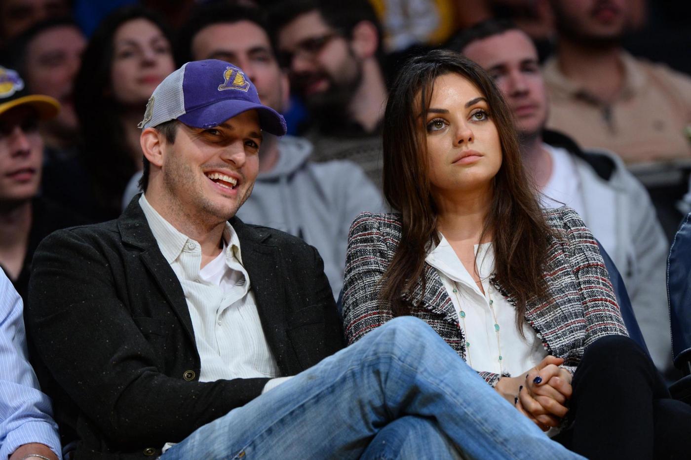 Mila Kunis e Ashton Kutcher sposi: matrimonio in gran segreto per la coppia vip