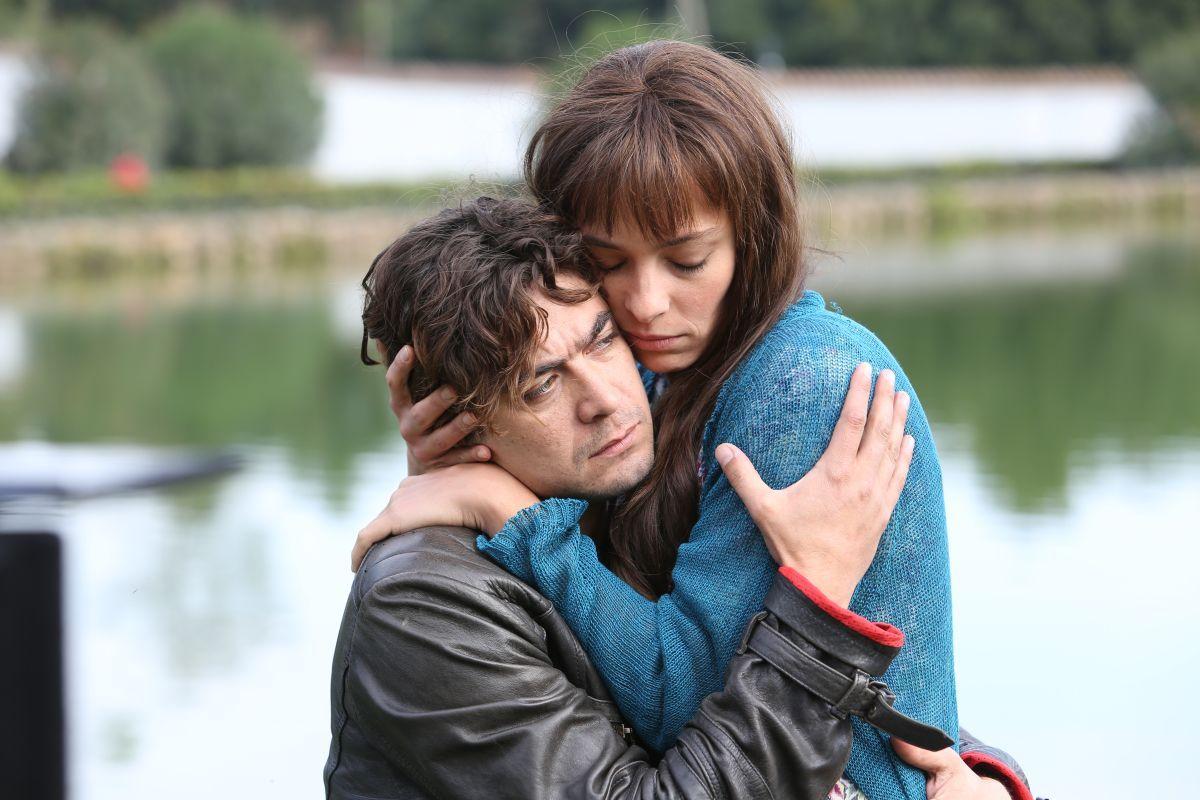 Nessuno si salva da solo: trailer, trama e clip del film con Riccardo Scamarcio e Jasmine Trinca