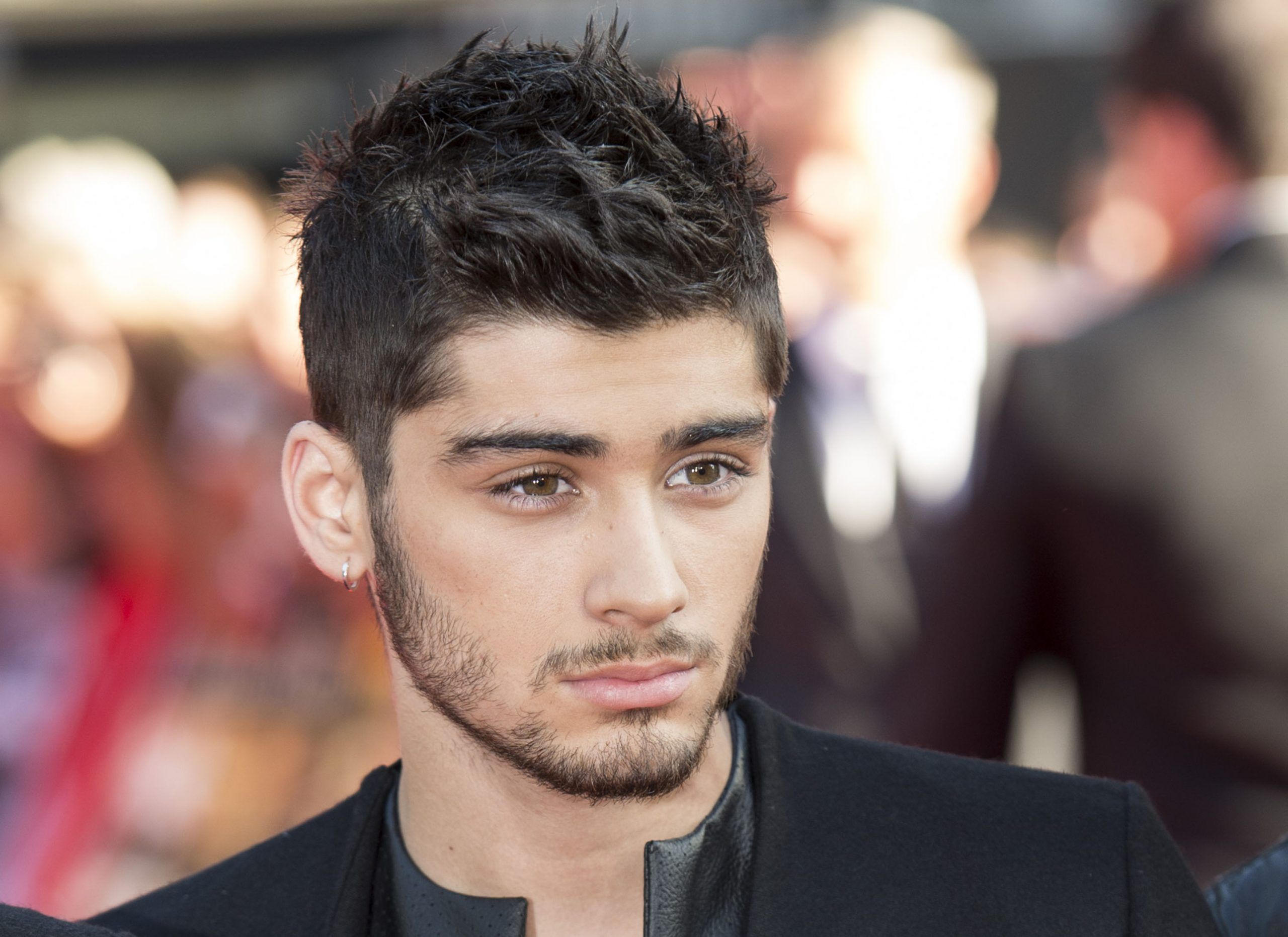 Addio di Zayn Malik agli One Direction, il cantante spiega i motivi della scelta