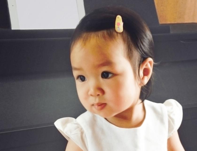 """Bimba di due anni ibernata, i genitori: """"Ha un tumore al cervello, aspettiamo nuove cure"""""""