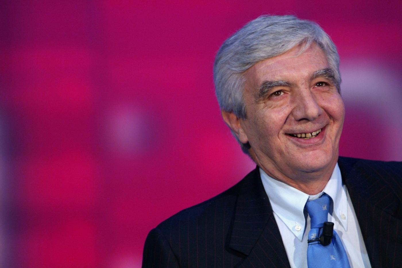 Gianni De Gennaro: sostenitori e contrari all'ex capo della Polizia
