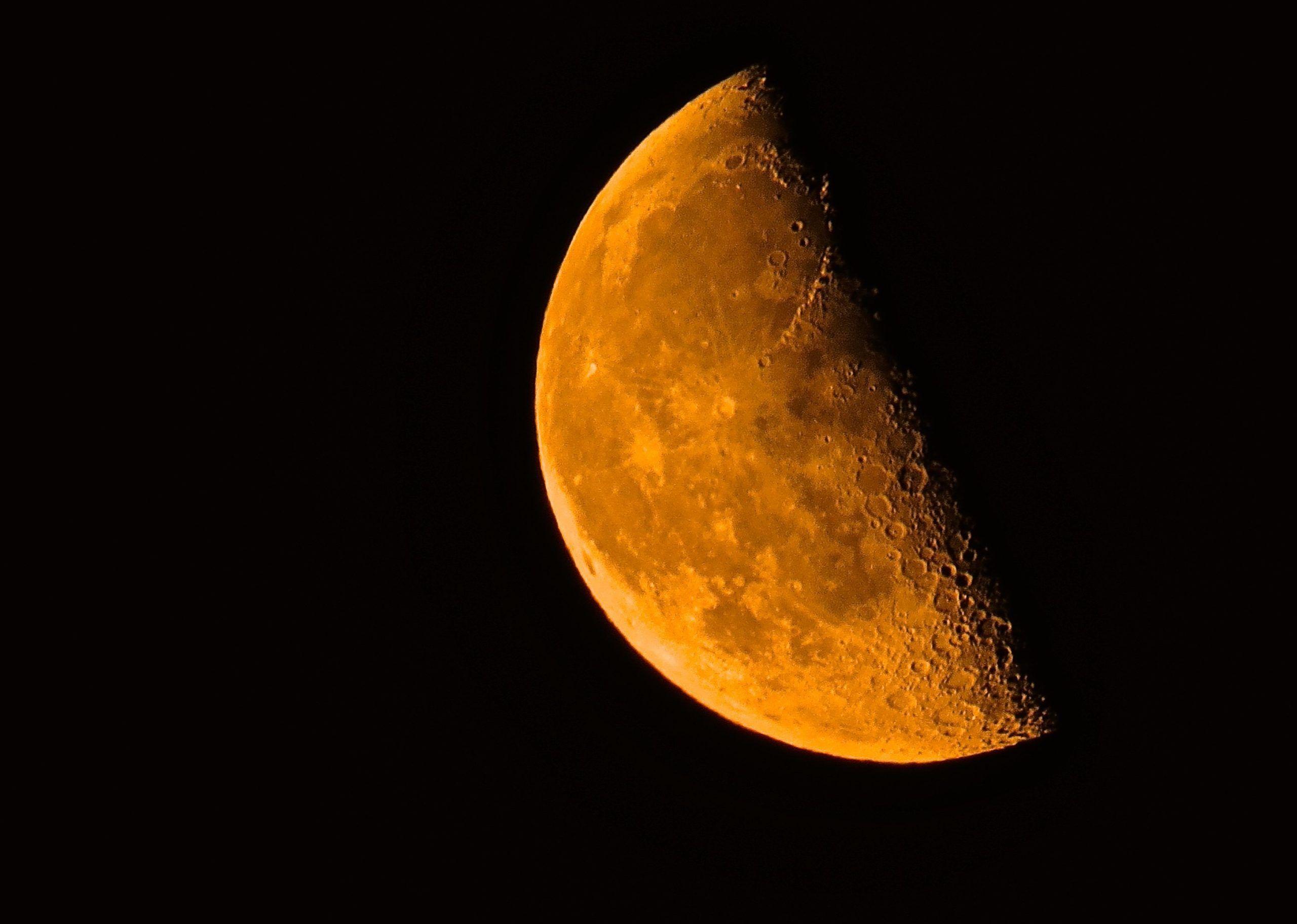 La Russia programma una missione umana sulla Luna per il 2029