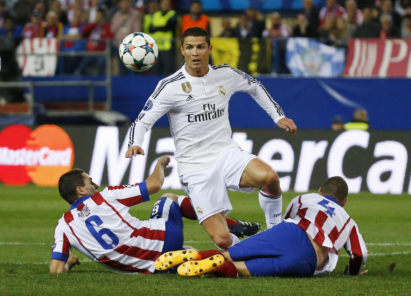 Champions League, Real vs Atletico Madrid 1-0: decide Chicharito