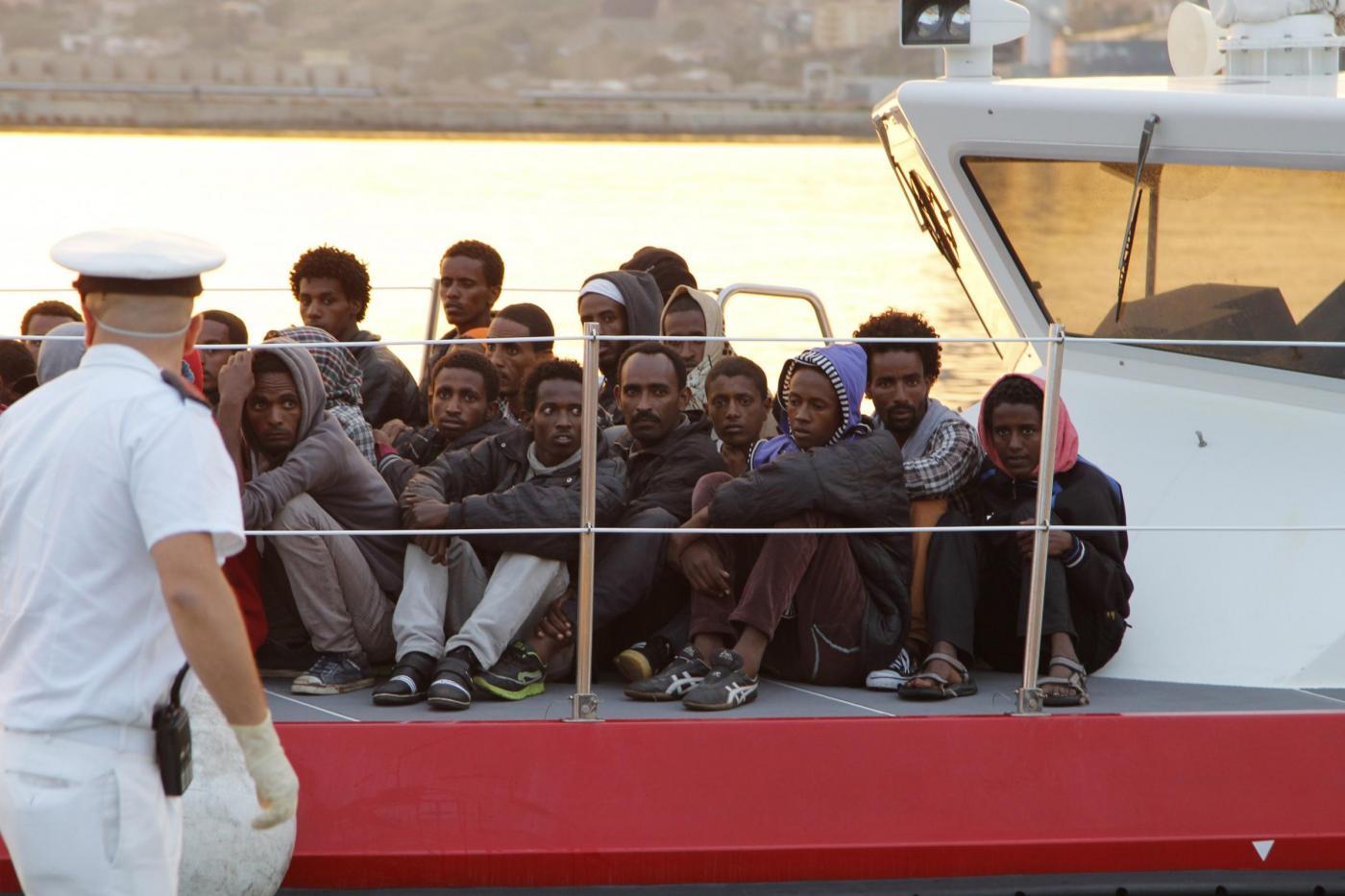 Sbarchi migranti: situazione al collasso, servono immediatamente 6.500 posti