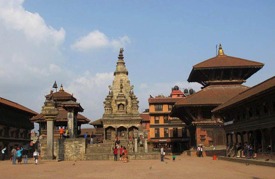Tempio Vatsala Shikhara Bhaktapur prima