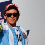 """Maradona ringrazia Valentino Rossi: """"Sei un campione"""""""
