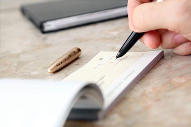 Divorzi, la Cassazione: «Con una nuova convivenza niente più assegno»