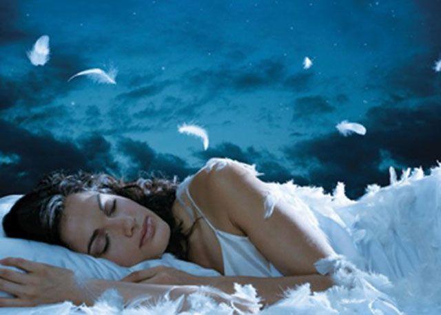 Canzoni per dormire: i migliori 10 brani per combattere l'insonnia