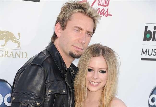 Avril Lavigne ha la Malattia di Lyme: svelato il mistero sulle condizioni della cantante